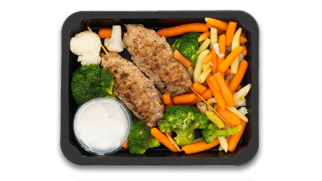 potrawy z autoamtu z ciepłym jedzeniem